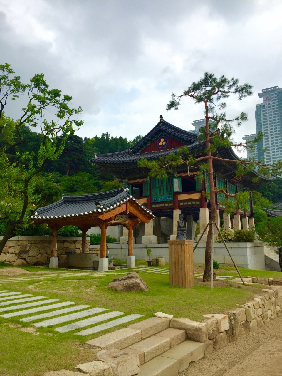 Bongeunsa Temple Seoul Korea7